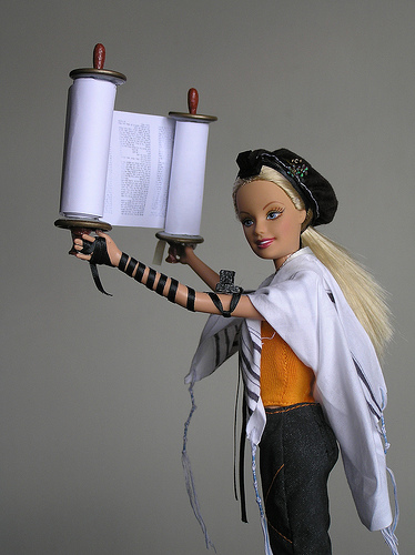 Tefillin Barbie 2
