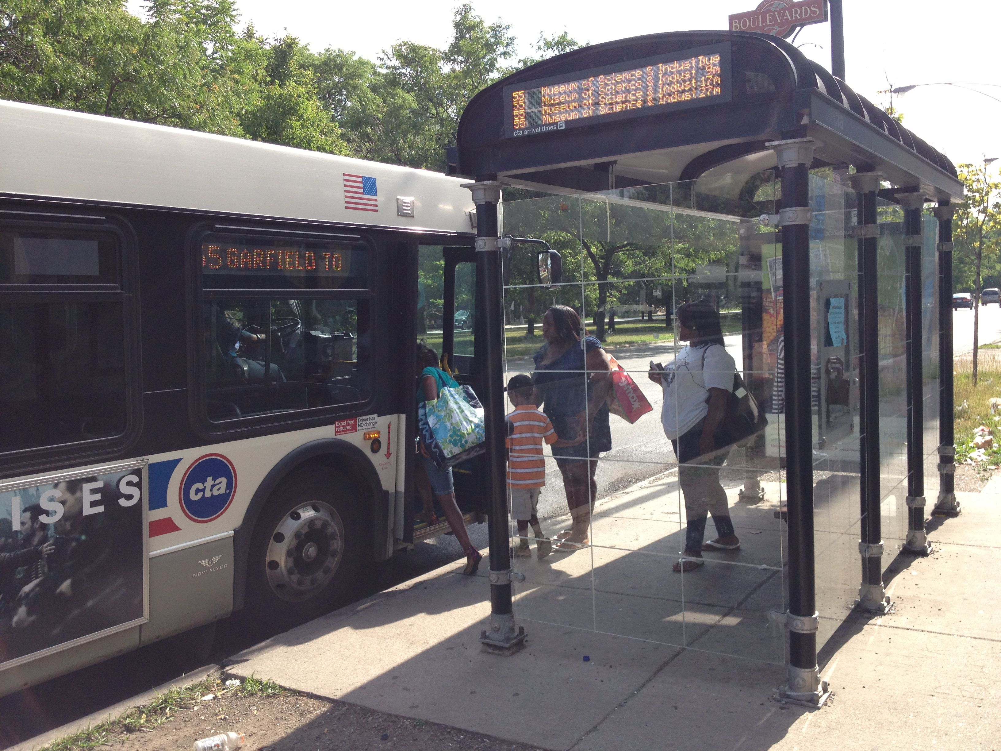 Bus Stop Shelters : Los angeles and the dignity of bus stop shelters chicago